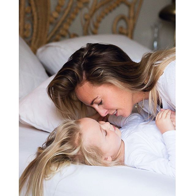 We have an extra #lazysunday this weekend, have you checked out the latest @vivamama_nl featuring the beautiful @jamesmoxie ?#mondaysunday #editorial #bedroom #mommasgirl #love #familydocumentary #lifestylephotography #likemotherlikedaughter #momsofinstagram