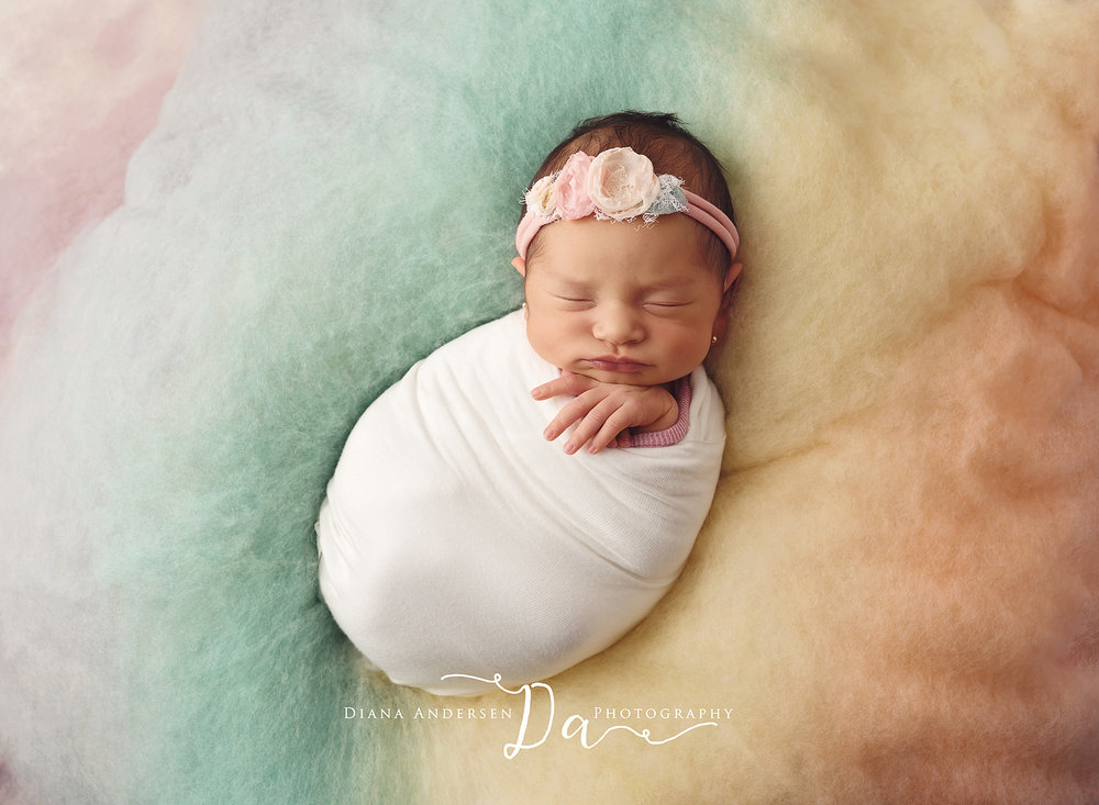Marcela-newborn2-fb.jpg