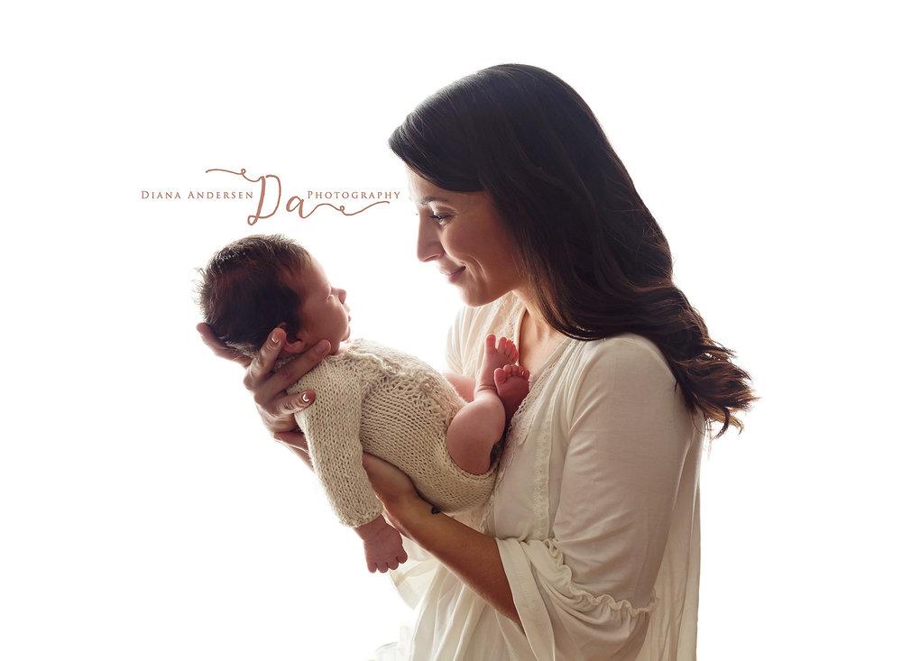 John-newborn11-fb.jpg