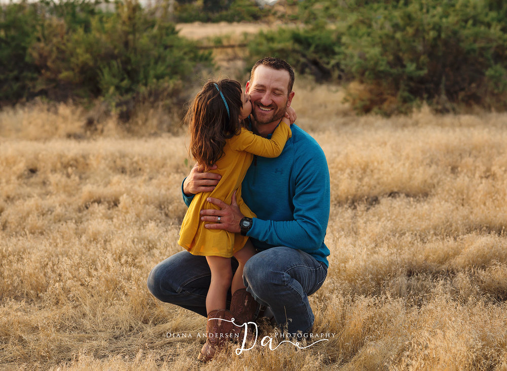 daddy-and-me-wyoming-outdoor-photos