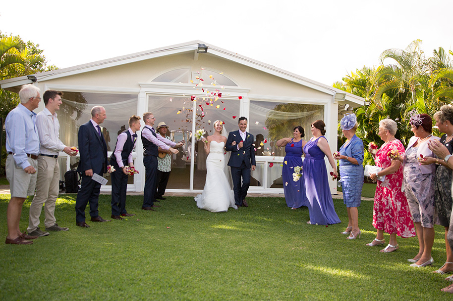 Angel garden the best hawaii wedding 90 minute property reservation 60 minute wedding rehearsal keepsake marriage certificate chapel attendant wedding arch up to 30 chairs for guests junglespirit Images