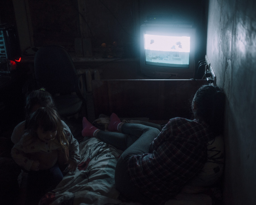 The only thing that works in some parts of Krasnohorivka is electricty. That makes the kids feel more comfortable and forget every now and then about their circumstances.