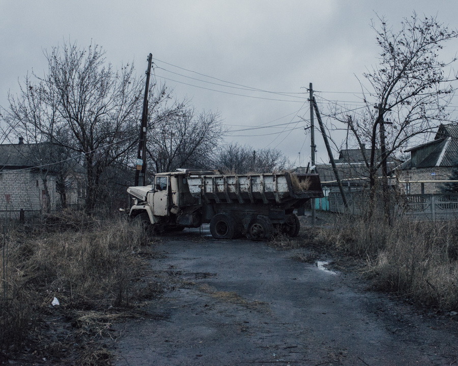 The truck was destroyed through fights in Mariinka and stayed at this spot and is blocking the street since summer 2015.