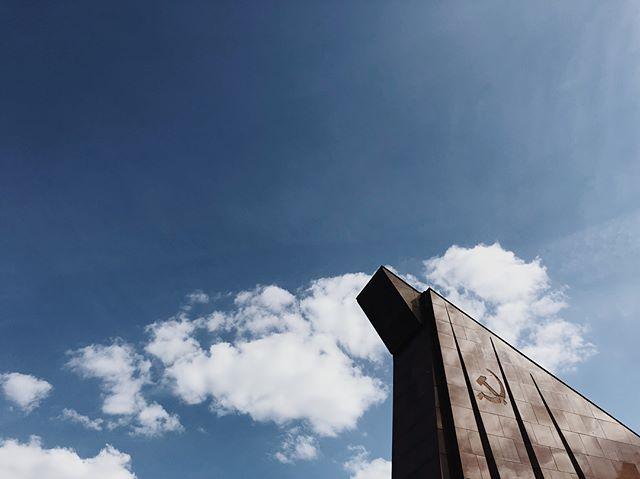 Massive Soviet war memorial 👀 #zeegringoandthemexicantakedeutschland #Germany