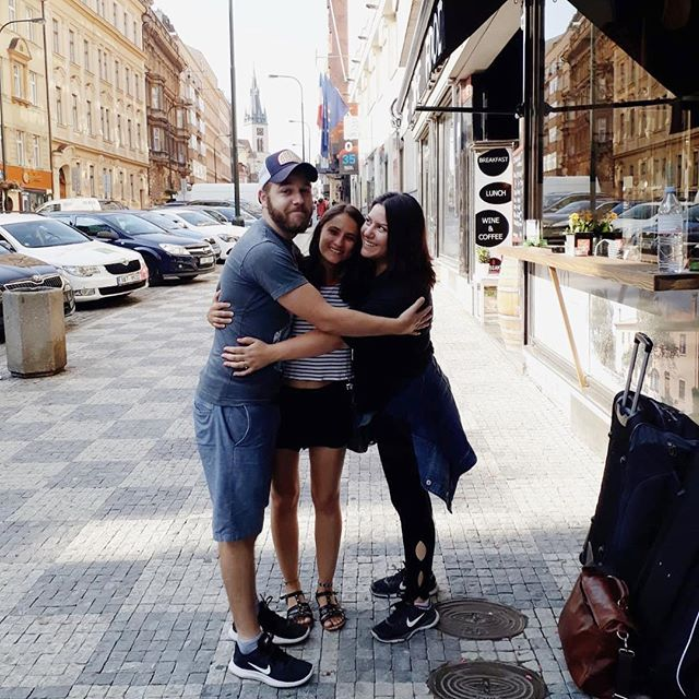I woke up back home in Austin feeling a little jet lagged, but ridiculously happy and fortunate to have spent the past couple of weeks in Europe with these two great loves of my life. I missed our funny little family ❤️ @garzasf ya te extraño, Fersilu! Me encanta verte tan feliz ☺️ #zeegringoandthemexicantakedeutschland #Germany #travel