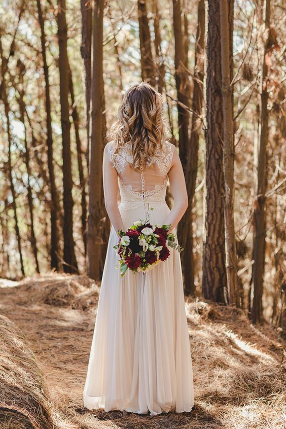 SALLY EAGLE BRIDAL - ROSELLA