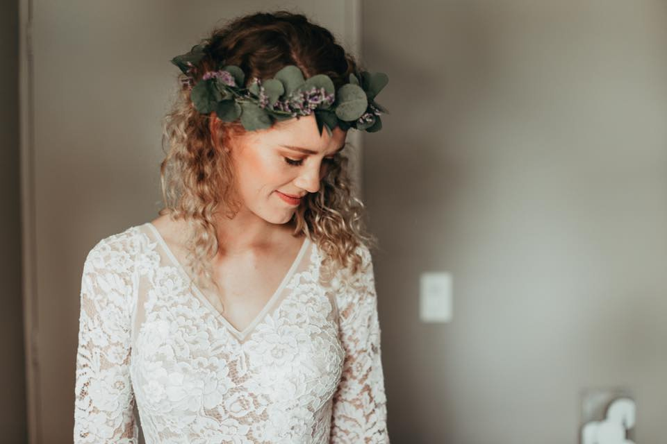 Melody - satin, lace - Christchurch wedding - Hannah Bird Photography