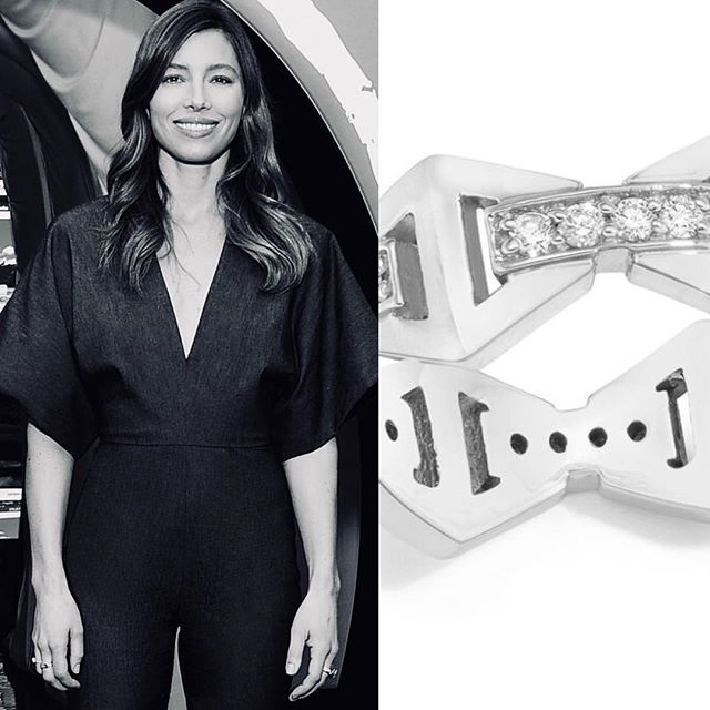 The Beautiful @jessicabiel rocking the #keynescollection signature hexagon ring • thank you @robzangardi & @marielwashere • Link In Bio •