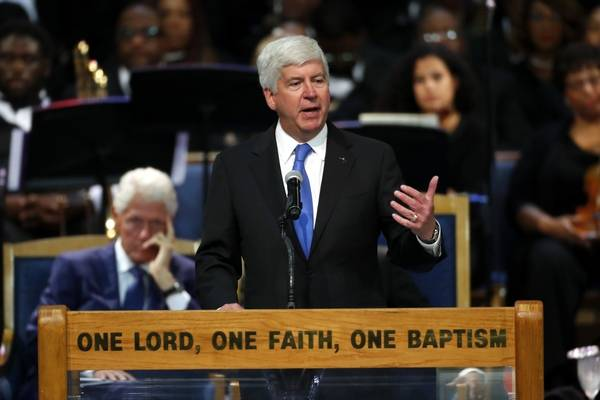 Rick Snyder speaking at Aretha's funeral. (Source: Daily Herald)