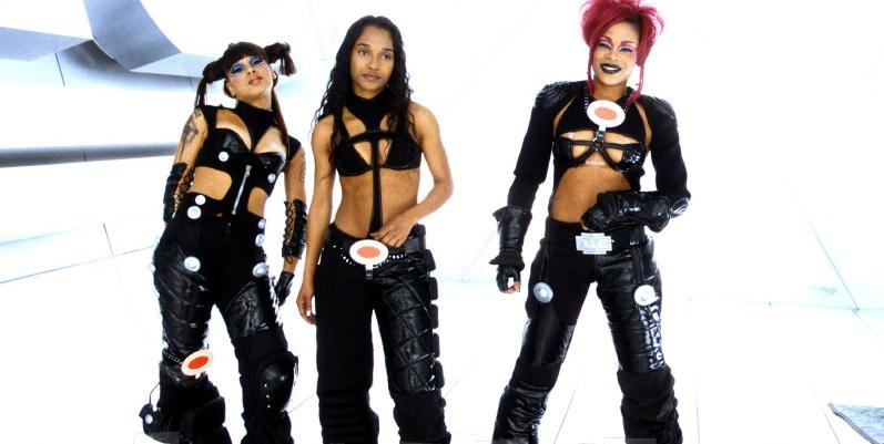 "TLC on the set of ""No Scrubs"". (Source: Google)"