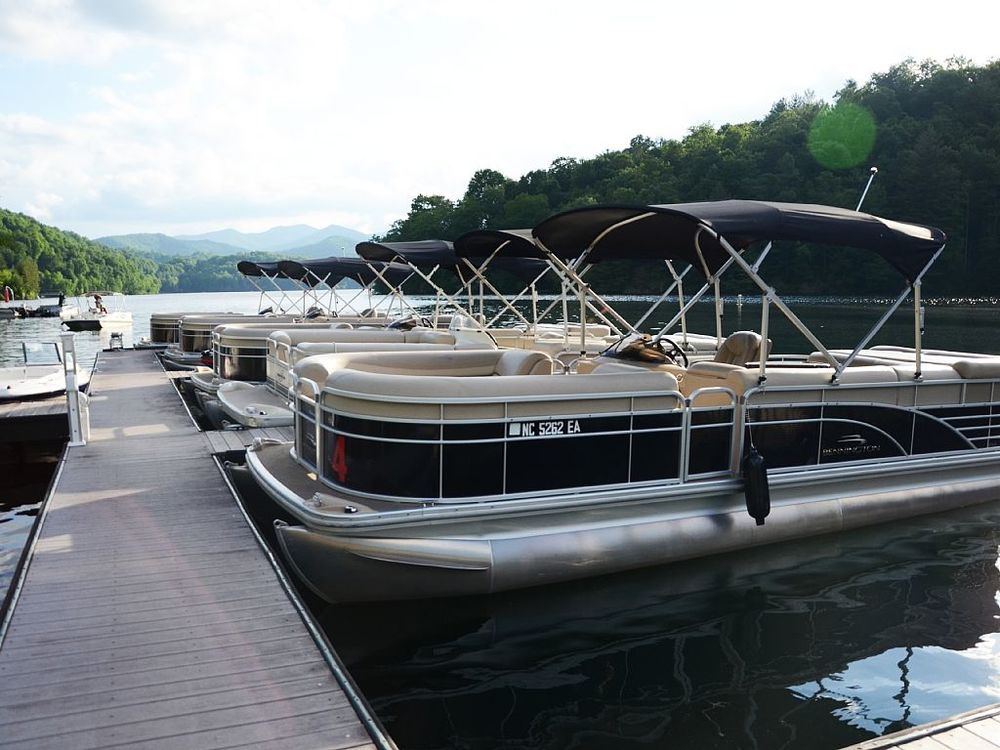 The Lake Nantahala Marina