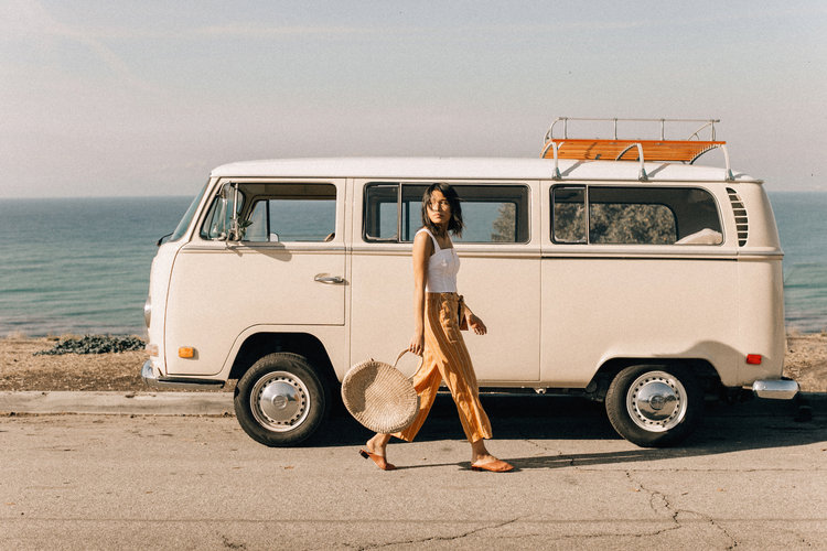 Photo Booth Bus Posts — The Traveling Photo Bus