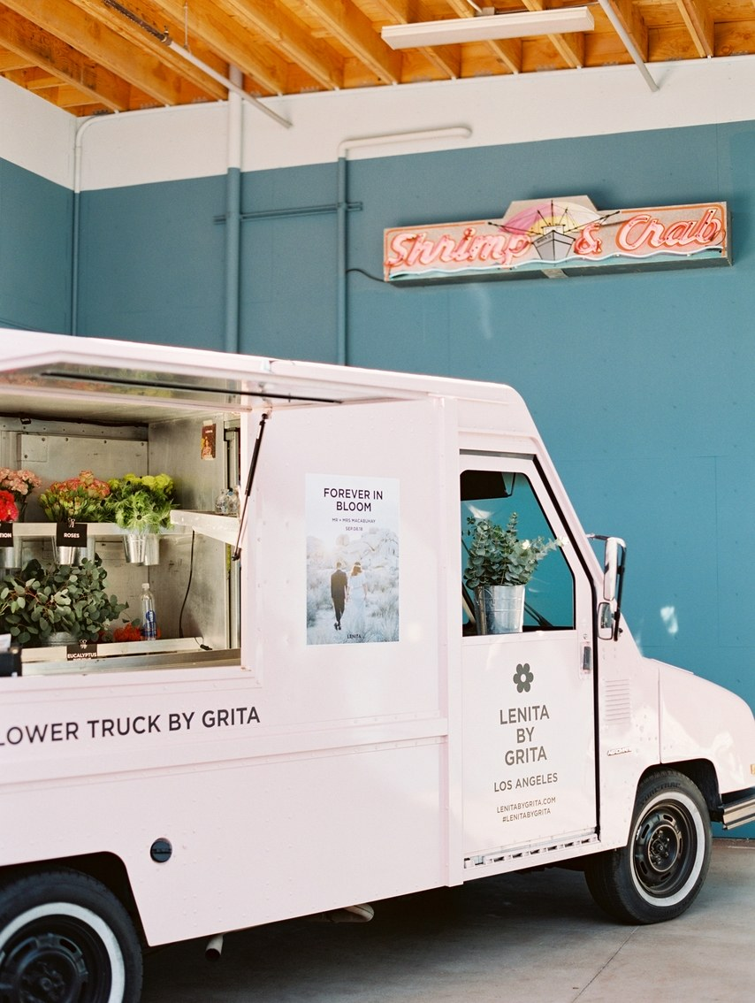 flower-truck-wedding12.jpg