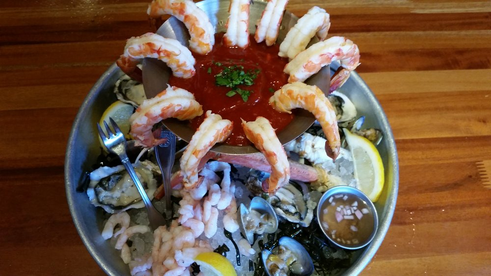 Best Places For Seafood Towers In Los Angeles       « CBS Los Angeles