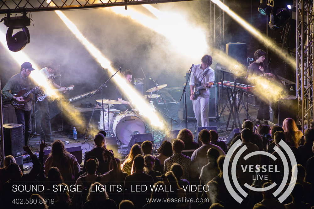 Vessel Promo 2018 - Lincoln Calling Pic small .jpg