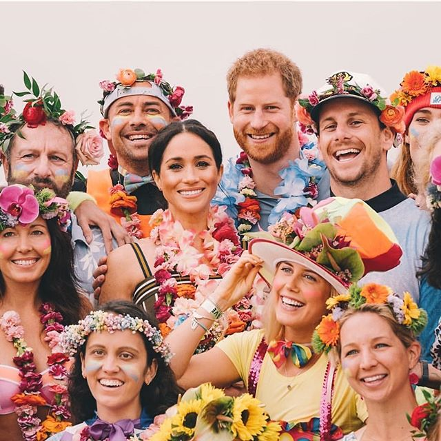OH LEI! | How wonderful to see the beautiful work of Australian floral designer Tanya Barbariol of @ohflorastudio gracing the young Royals in recognition of the importance of mental health. #growstrongertogether #flowersarehappiness #ruok #ruolei #goodseeds