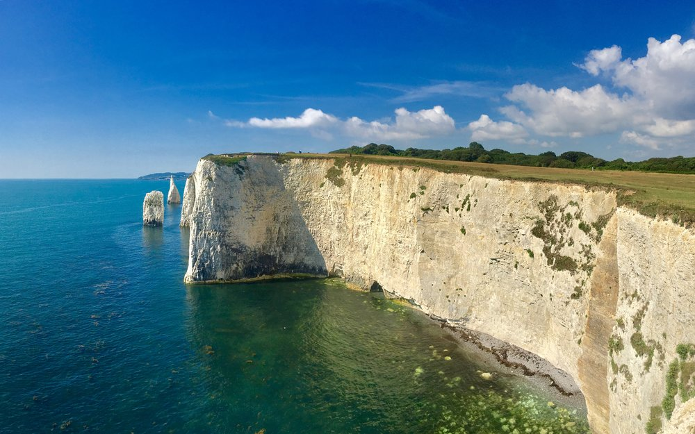 Chalk cliffs and needles at Old Harry Rocks