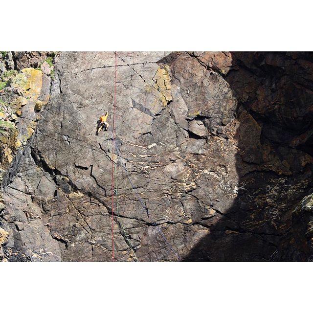 Guy on Saxon at Carn Kenidjack. Stunning swathe of rock. Sorry for not dragging the red ab rope up the cliff. Lazy. . . . #climbing #climber #climb #tradclimbing  #rockclimber #rockclimbing #geologyrocks  #climbing_lovers #getoutside #optoutside #exploremore #climbinglife #folkcreative  #bestmountainartists #freesolo  #kernowfornia  #lovewhereyoulive #climbingphotography  #TheGreatOutdoors #dudesvsgravity  #climbinginspiration #seacliff #tradisrad #thisisthebestdayofmylife #thisisliving #amateurhour #canon100d #timetoplay