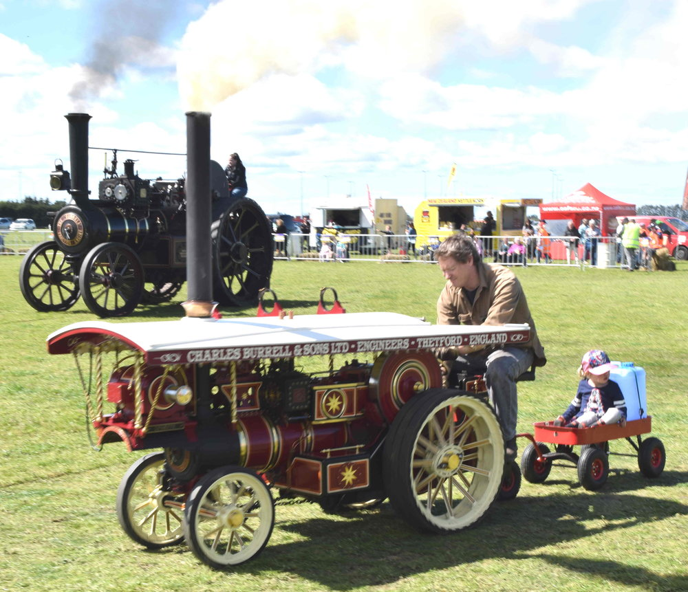 Traction engines at Rolleston 150th Ring attracted huge interest
