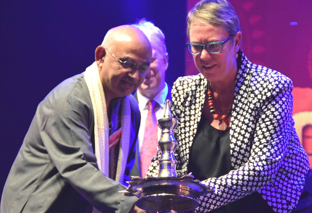 Natu Rama, President of the Indian Social and Cultural Club, with Ruth Dyson, the Labour MP for Port Hills, lighting the lamp to start the event traditionally