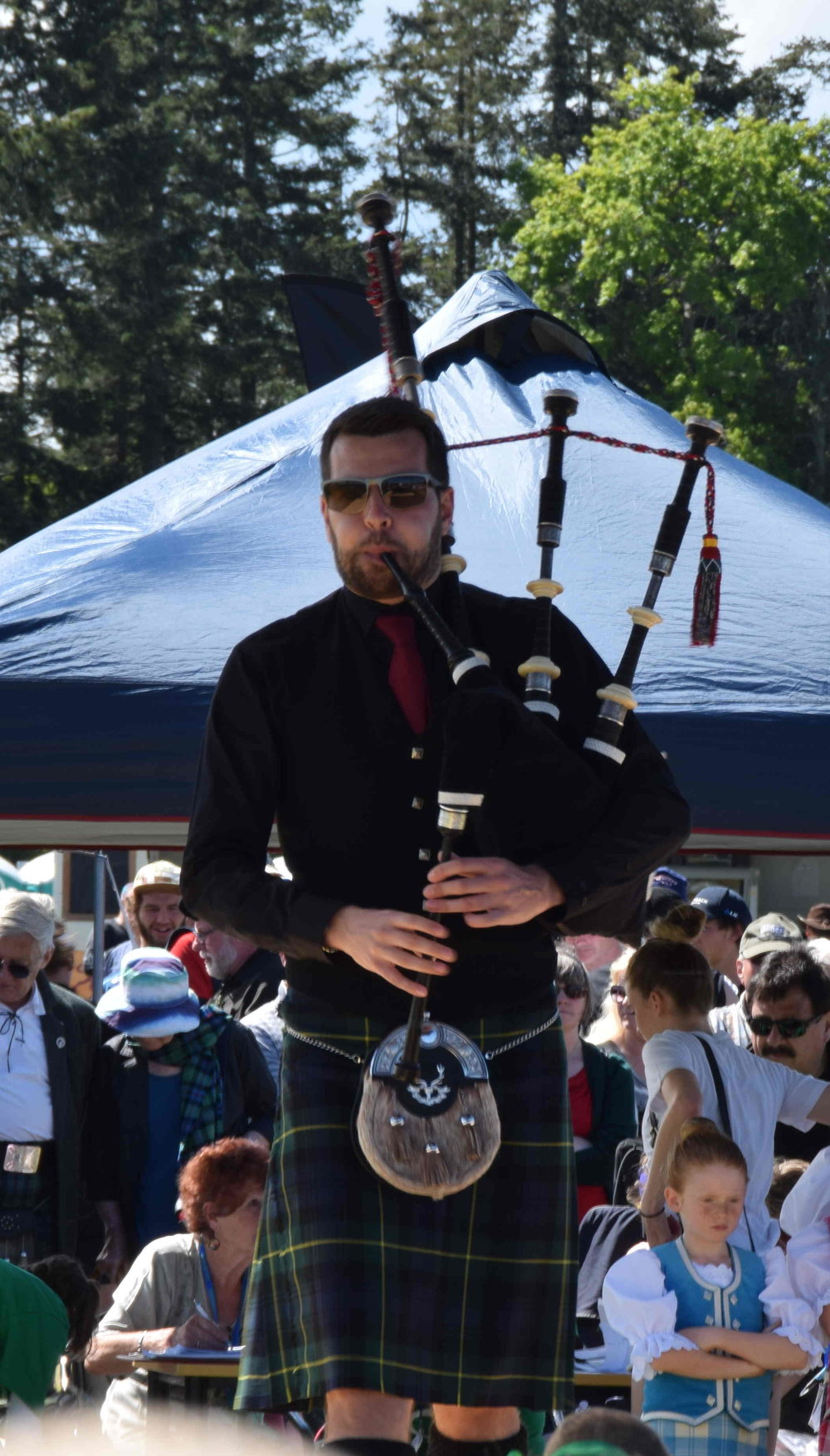 """Kyle Warren, Chieftain for the Hororata Highland Games 2016, a piping """"rock star"""" and one of the most sought after piping tutors around the world"""