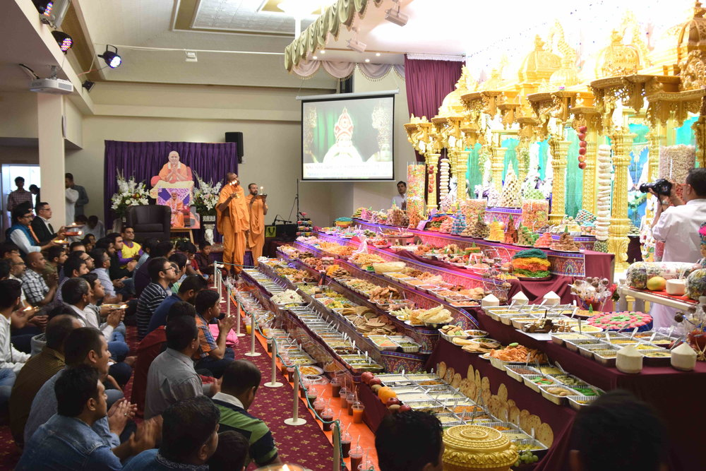 Paramchintan Swami and Adarshmuni Swami at the BAPS Shri Swaminarayan Mandir, Christchurch, Diwali and Annakut celebrations