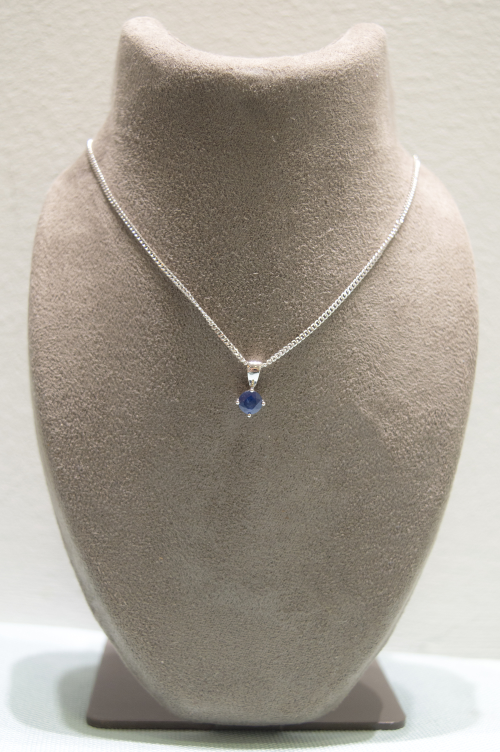 £230 - Sapphire 9ct White Gold Pendant