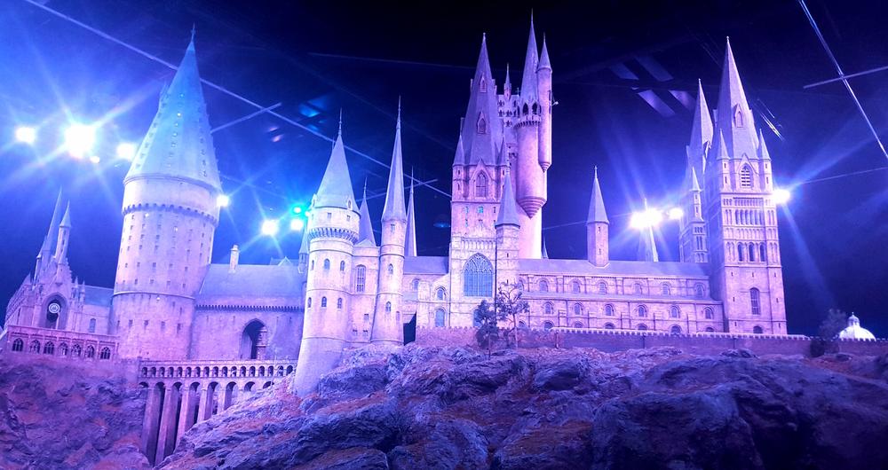 Hogwarts   Wanderlust Movement
