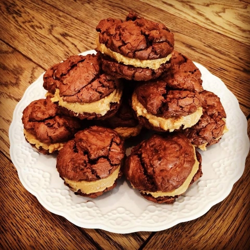 Chocolate & Peanut Butter Cookie Sandwiches