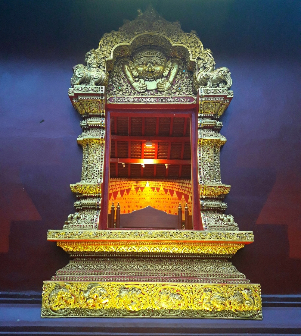 Temple in Chiang Mai Saturday Market | Wanderlust Movement