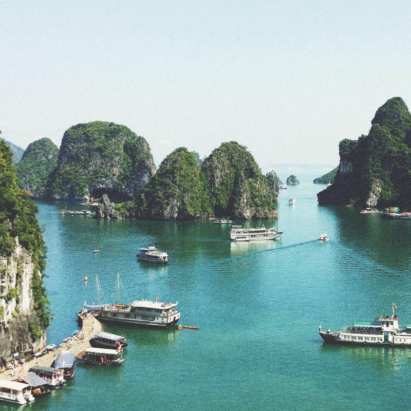 Ha Long Bay, Vietnam | Wanderlust Movement