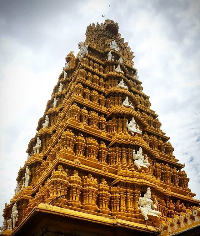 Temple in Mysore, India | Wanderlust Movement
