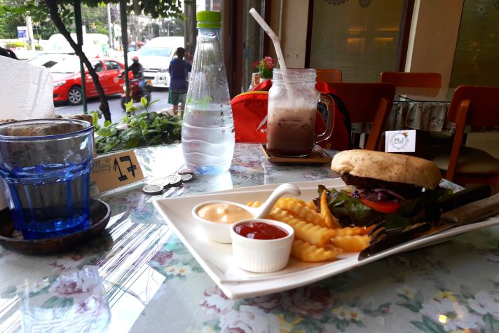 Veggie burger at May's Veggie Home in Bangkok | Wanderlust Movement