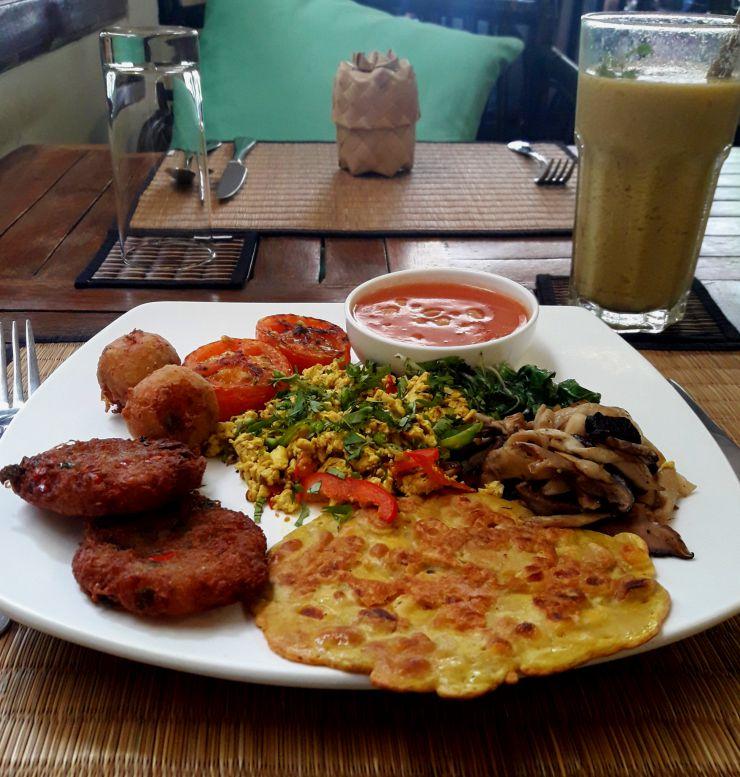 New Leaf Eatery Vegan Breakfast | Wanderlust Movement