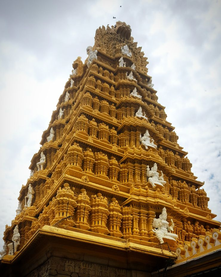 Temple in Mysore, India | Wanderlust Movement