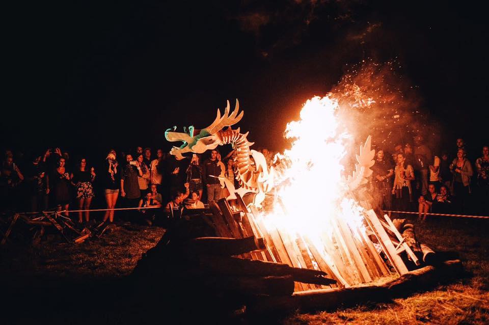 Photo by: Smoking Dragon Festivals