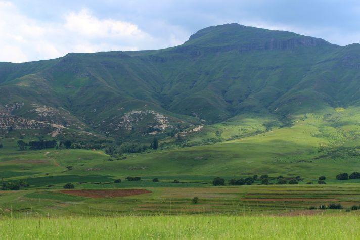 Lesotho landscape | Wanderlust Movement