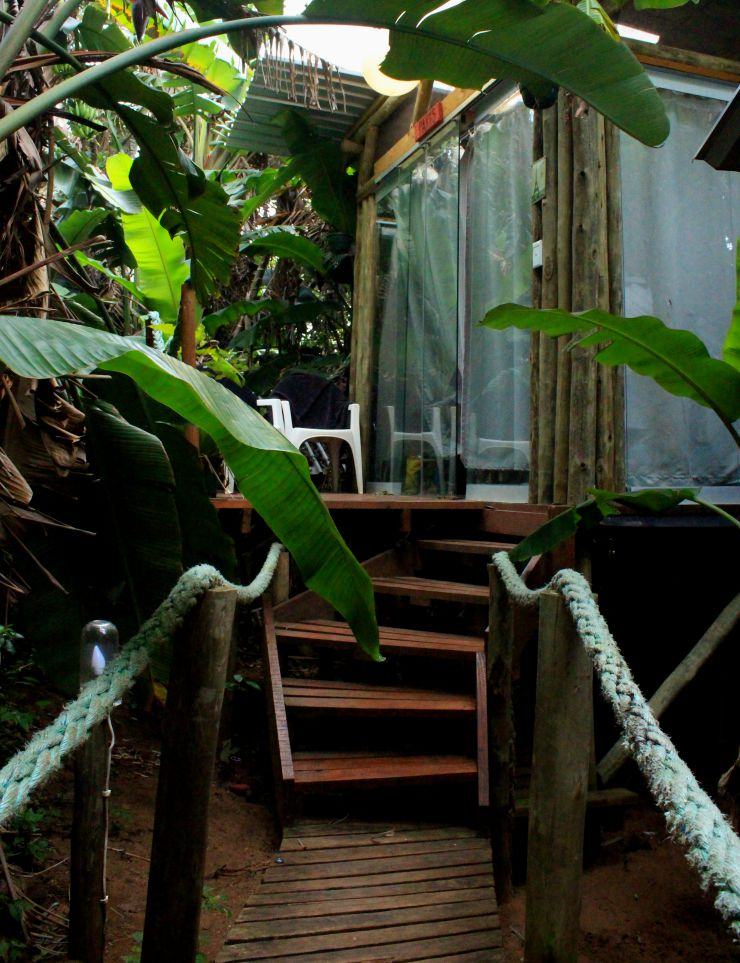 Mantis and Moon Backpackers Glass Hut | Wanderlust Movement