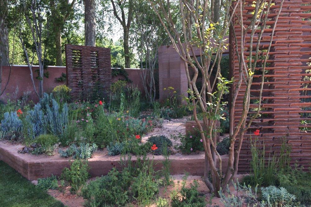 Sarah Price's  garden  for M&G.