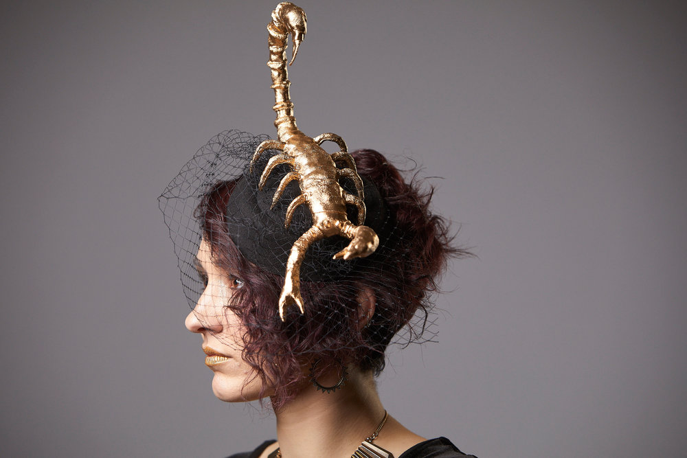 """Serquet"" Golden Scorpion Fascinator"