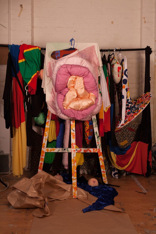JulieVerhoeven7.-Fanny-on-Form-.jpg