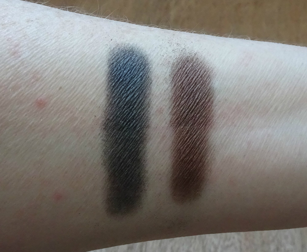Victoria Beckham x Estee Lauder Eye Palette: Gray Amber and Black Nutmeg