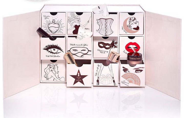 charlotte-tilbury-naughty-_-nice-box-open-limited-edition.jpg
