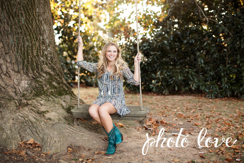 Northwest Arkansas Senior Photographer Magnolia Garden Natalie