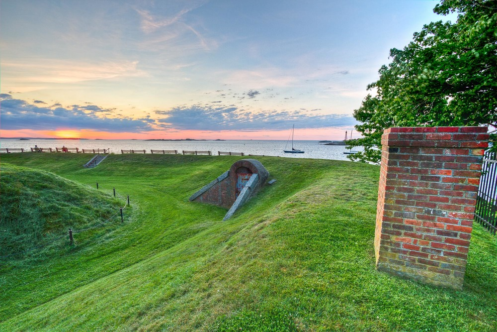 Fort Sewall embankments