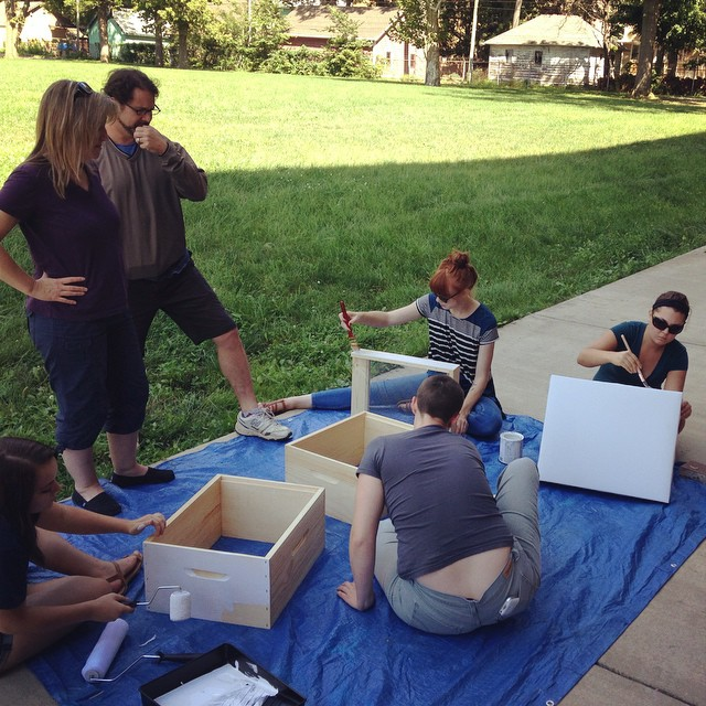 So many helping hands and inquisitive minds at today's beekeeping class! #beepublic (at Chase Near Eastside Legacy Center)