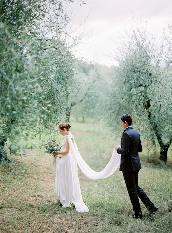 Gibson bespoke bespoke bridal accessories inspire weddings 5.jpg