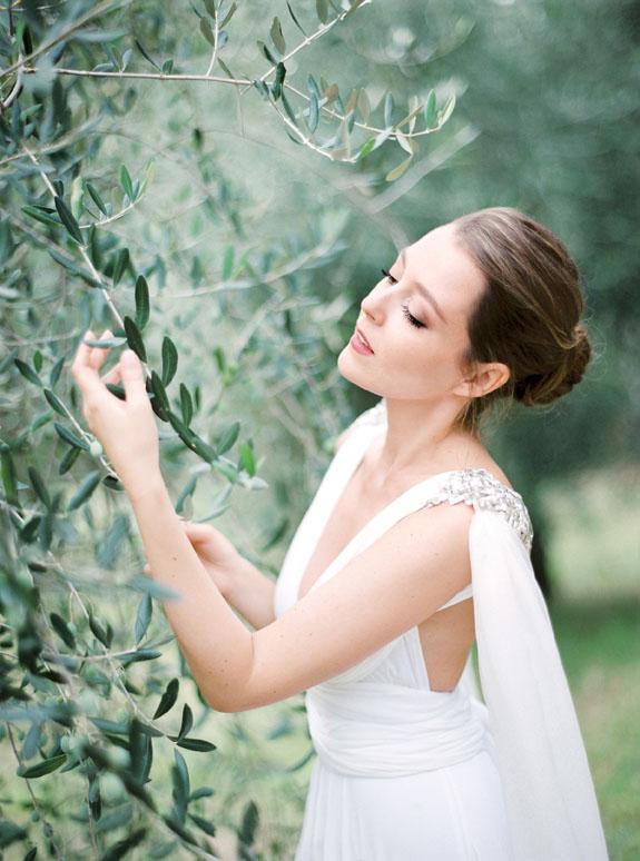 Gibson bespoke bespoke bridal accessories inspire weddings 7.jpg