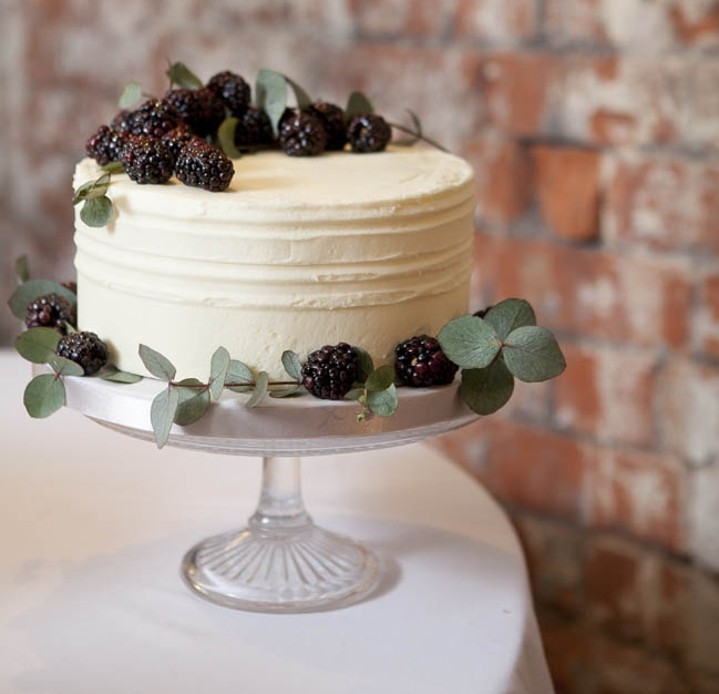 modern-wedding-cake-northern-ireland.jpg