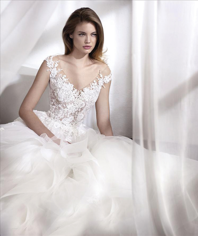 Elody-bride-wedding-dress-shop-northern-ireland-4.jpg